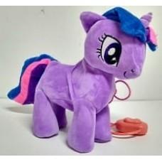 Литл пони с поводком