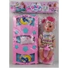Кукла с кроваткой.