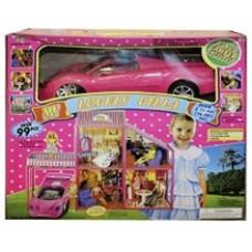 Кукольный домик с автомобилем.