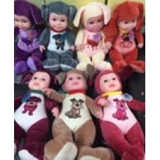 Мягкая кукла с музыкальным элементом.